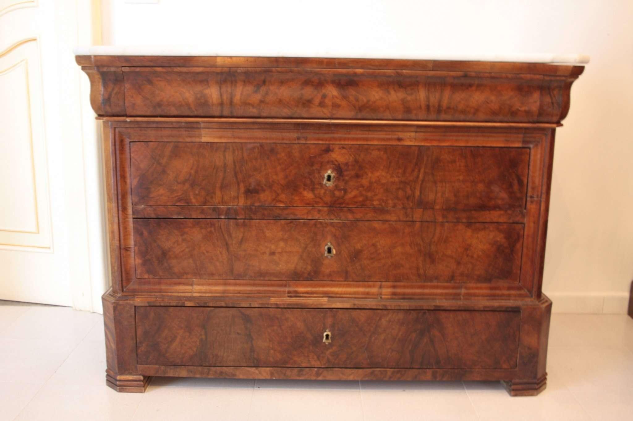 Muebles antiguos (siglo XIX XX)
