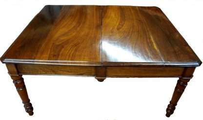 Mesa de comedor en 1800 restaurada en cereza y madera de castaño extensibles 3 metros