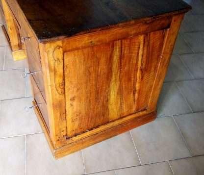 Escritorio restaurado antiguo de nogal siete cajones con mesa plegable